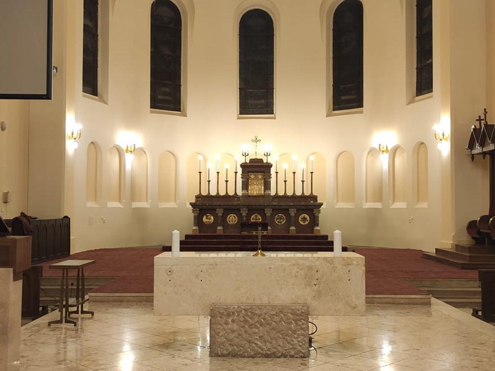 Templombúcsú felújított templomunkban